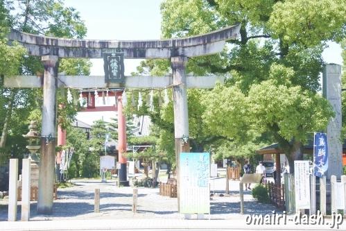 大垣八幡神社(岐阜県大垣市)鳥居と社号標