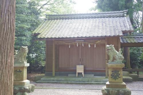 白鬚神社(南宮御旅神社境内)拝殿