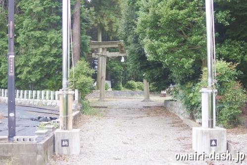 大領神社(岐阜県不破郡垂井町)参道