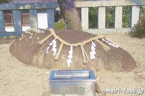 猪子石神社(名古屋市名東区)牡石
