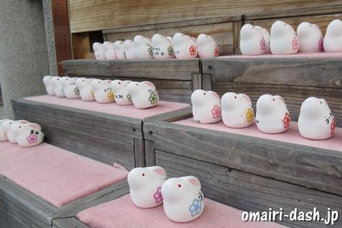 願掛けうさぎ(京都八坂神社)