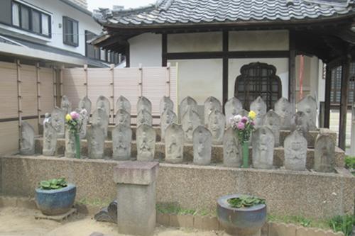 金龍山芳珠寺(名古屋市千種区)三十三観音像