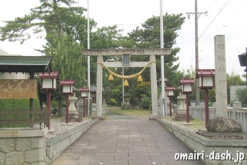 一ツ木神明社(愛知県刈谷市)鳥居と社号標