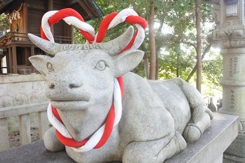 本刈谷神社(愛知県刈谷市)神牛