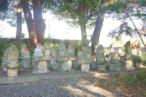 三明寺(豊川市)石像群