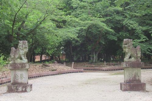 柏井八幡社(愛知県春日井市)狛犬と参道