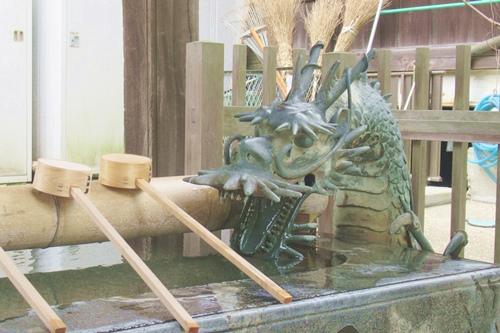 内々神社(愛知県春日井市)手水舎