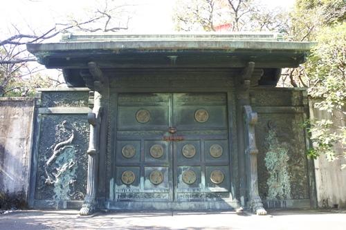 増上寺(東京都港区)鋳抜門(徳川将軍家墓所)