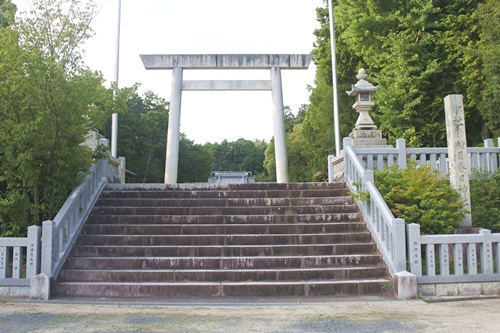 糟目春日神社(愛知県豊田市)鳥居