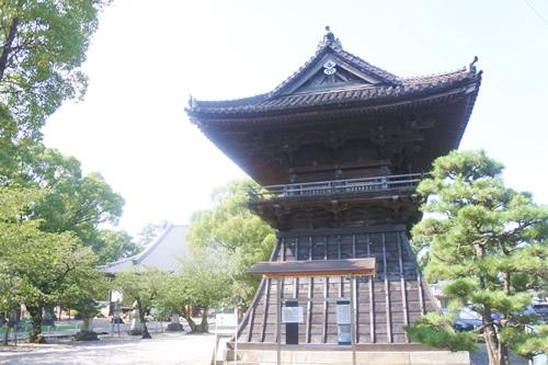 大樹寺(愛知県岡崎市)鐘楼(県指定文化財)