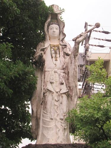 久国寺(名古屋市北区)護国観音像(浅野祥雲作)
