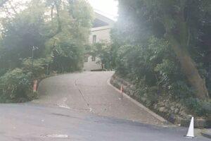 日枝神社(東京都千代田区)女坂(駐車場入口)